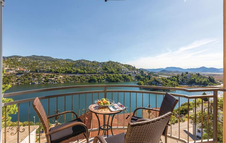 Holiday apartment with 3 bedrooms on 110m² in Birine
