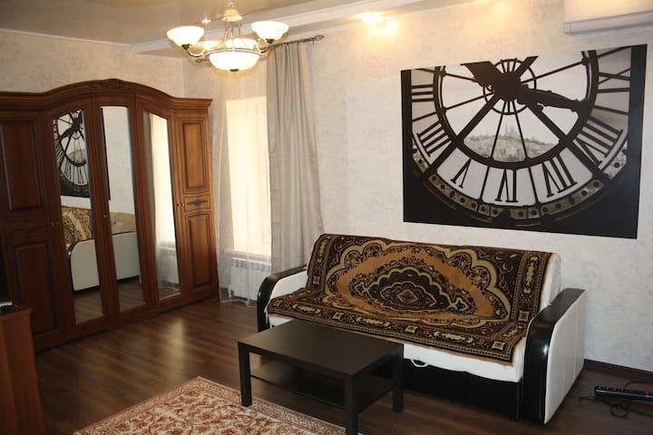 2 комнатная ВИП  квартира в Уральске