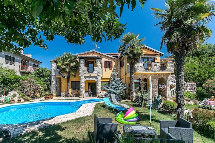 Villa Zara A4 apartment for 6-7 people - Ližnjan