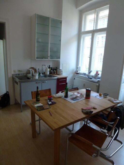 cosy flat gr nderzeitwohnung mit balkon flats for rent in g rlitz sachsen germany. Black Bedroom Furniture Sets. Home Design Ideas
