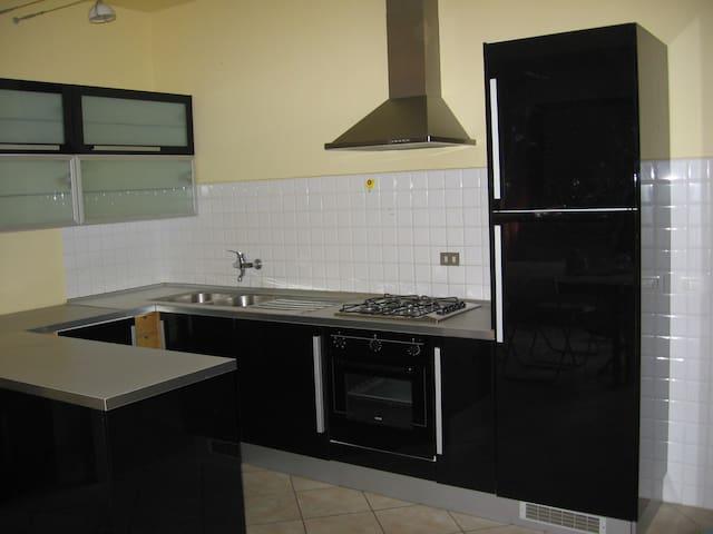 appartamento romantico in toscana - Fornacette - Apartment