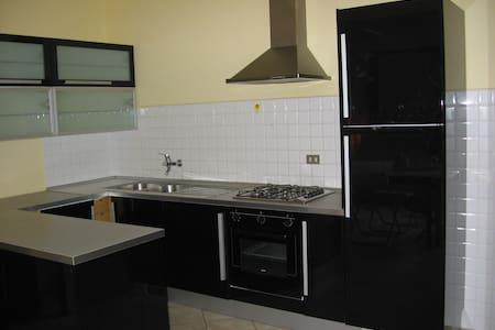 appartamento romantico in toscana - Fornacette - Lägenhet