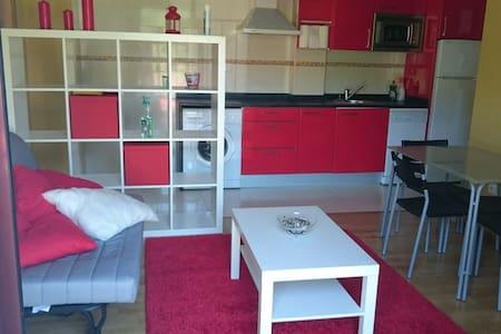 Apartamento con cocina americana. - Limpias - Appartement