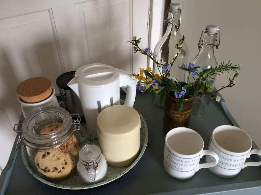 Tea, coffee & biscuits in both rooms, and cake on arrival.