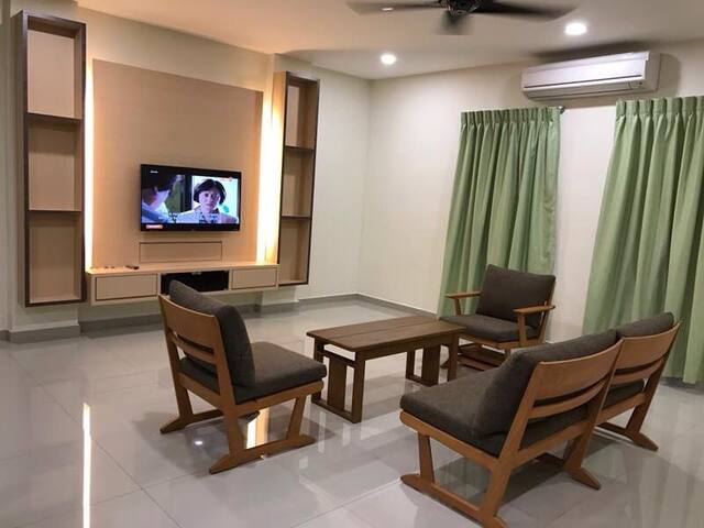 Ipoh Homestay for 10ppl (Loyal Garden Residences) - Ipoh - Apartment
