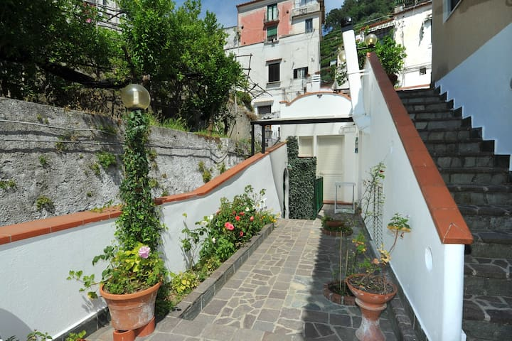 Casa Vacanze RIVAMAR Amalfi Coast - Minori - House