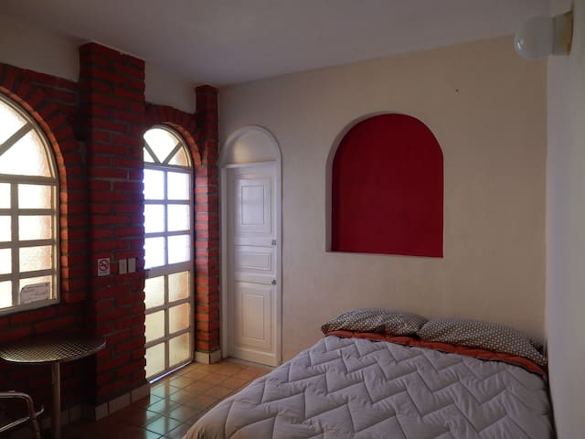 Perfect cozy room, best location! - La Ventana
