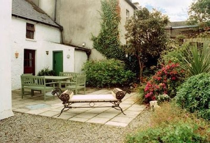 The Shoemakers Cottage, Ballydehob