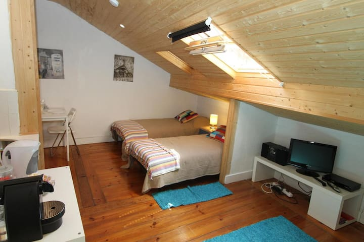 COZY STUDIO at TRENDY Principe Real - Bairro Alto