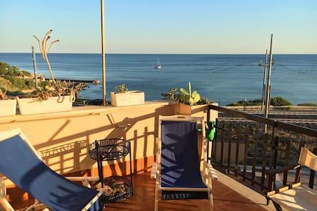 Casa con incantevole vista a Santa Marinella