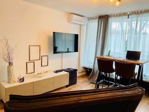 Apartment +Balkon & Home Office *Altstadt*