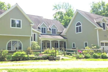 Wooded Private Berkshire Estate