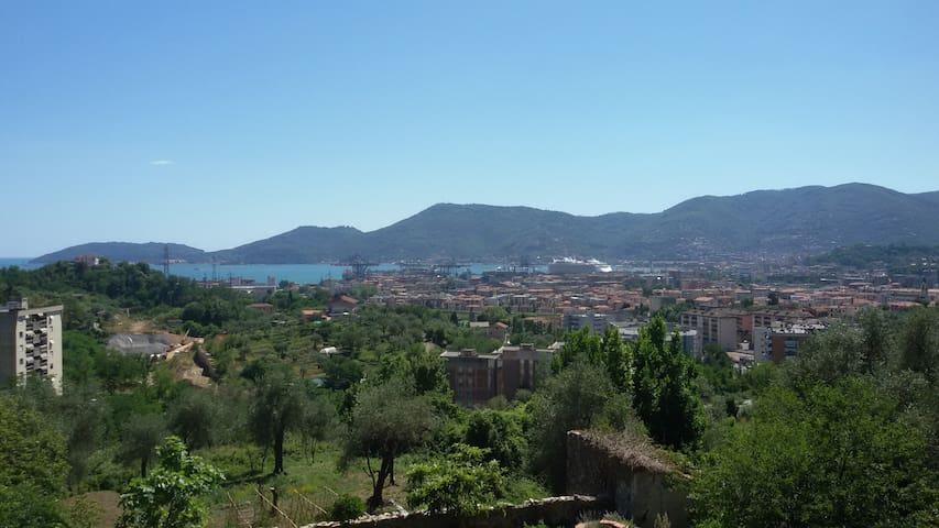 Colline della Spezia 10' dal centro - La Spezia - Daire