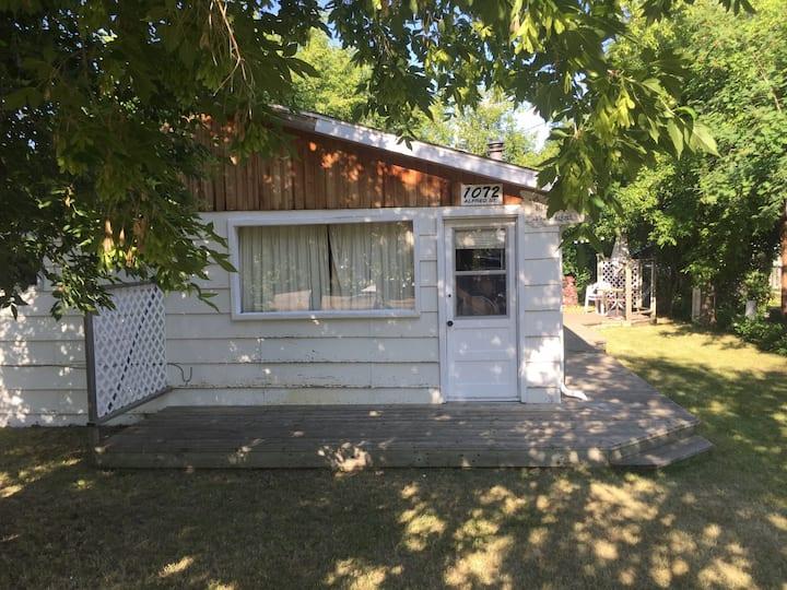 Charming family cabin close 2 beach