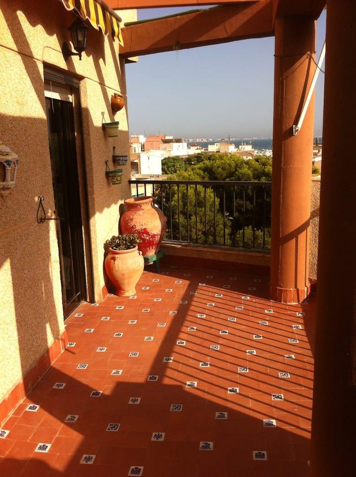 Atico con WIFI y encantadora terraza
