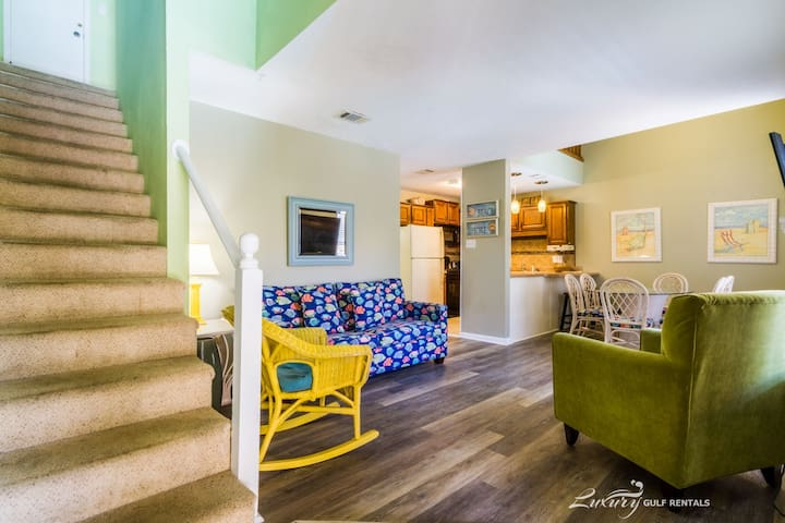 All reasonable offers considered for any stay! *Ocean Reef 504*