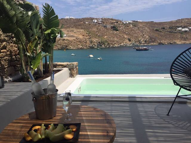 Deluxe Suite Sea view&Mini Pool, MyAktis, Mykonos