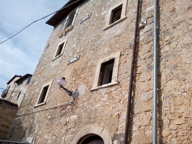 Camere a sud - Santo Stefano di Sessanio - Apartment