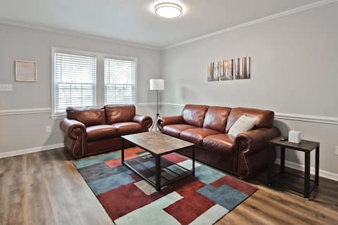 Tranquil 2BR/1.5 bth, Duplex-1 Concord Downtown