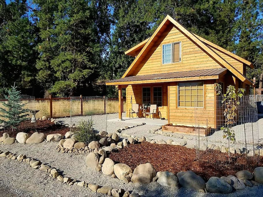 Wisdom tree cabin houses for rent in winthrop for Winthrop cabin rentals