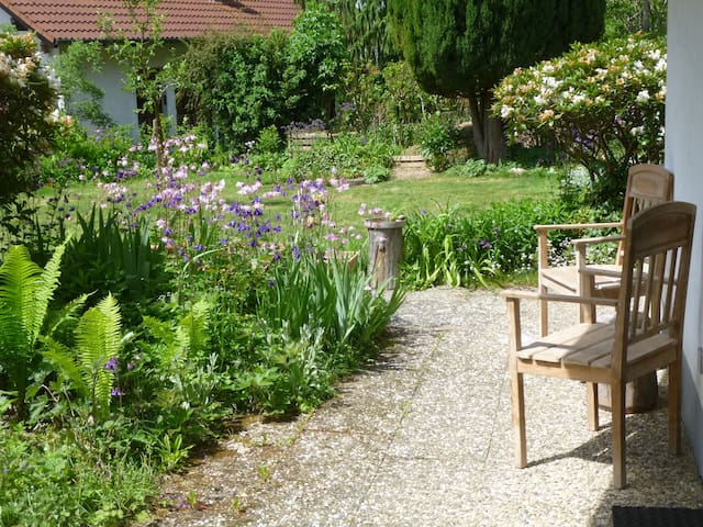 Big and cosy room 11 km from the lake of constance