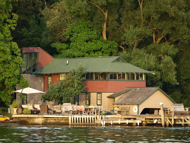 Ithaca Boat House - Cayuga Lake Rental-Upper unit - Ithaca - Daire