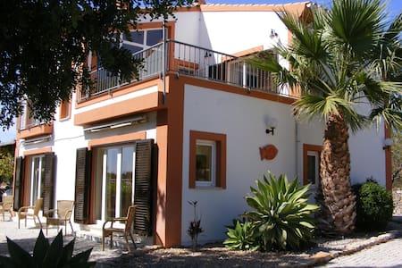 Quinta Arruba Guest House - Tavira