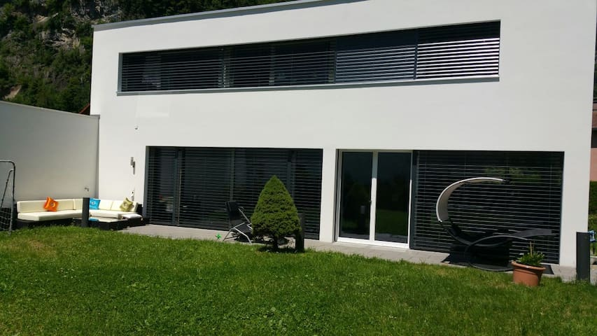Modern Villa near privat river