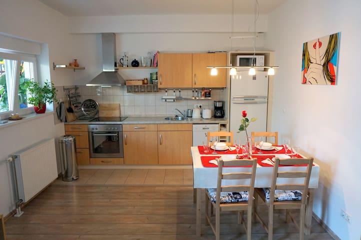 New apartment close to city center - Budapeşte