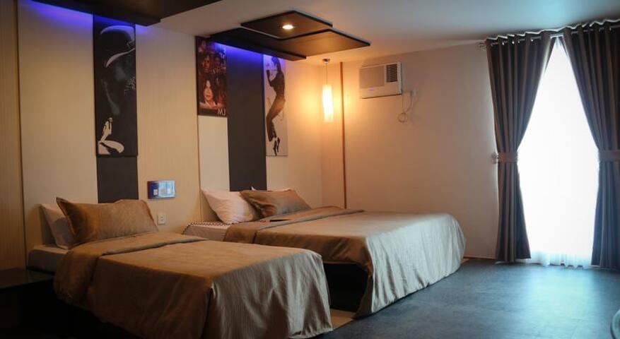 Icon Suite 2 - Quezon City - Bed & Breakfast