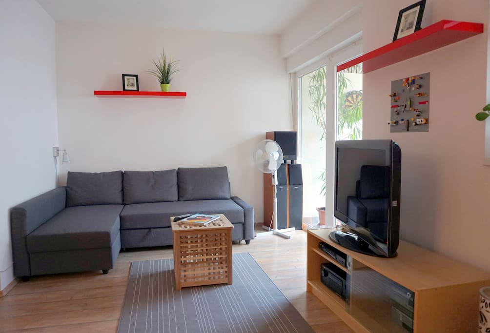 Living room with sat TV, free wi-fi