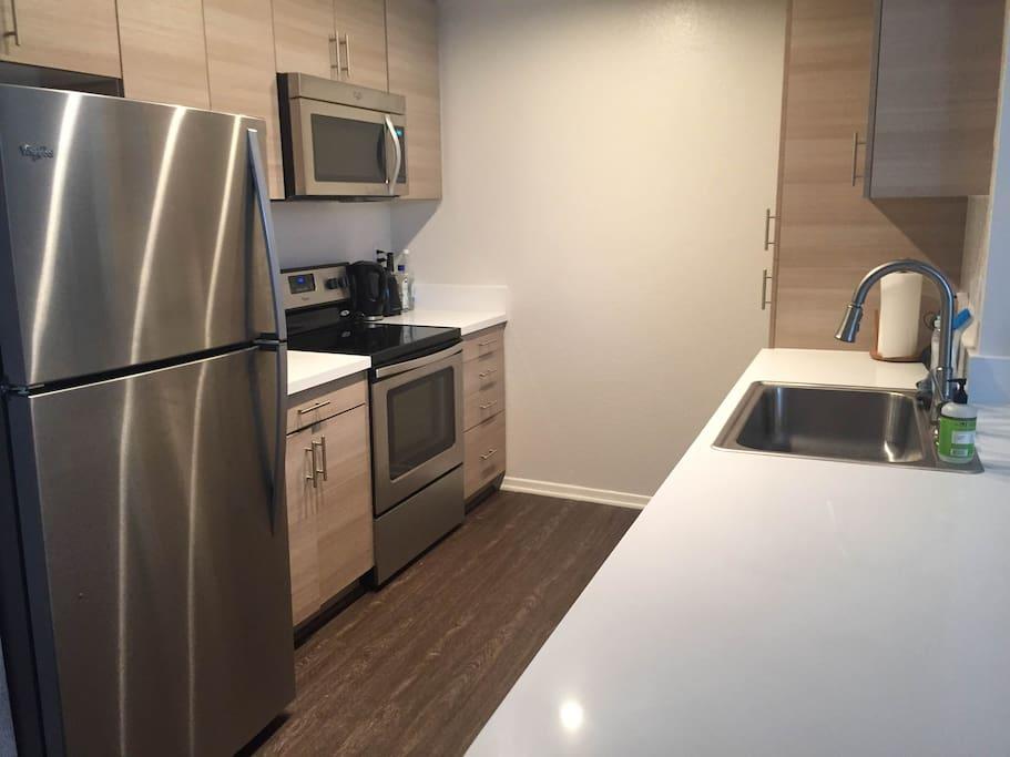 Brand new upgraded kitchen.