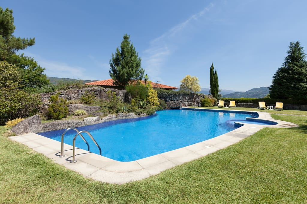 Piscina partilhada / Shared pool