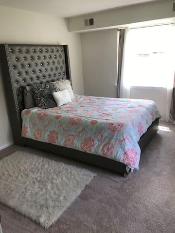 Peaceful Quiet Apartment