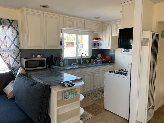 Beautiful new remodeled kitchen!
