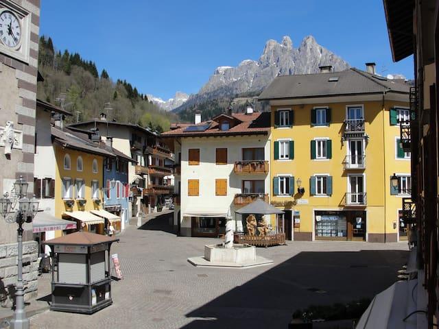 Il comune più piccolo d'Italia - Fiera di Primiero - Appartement