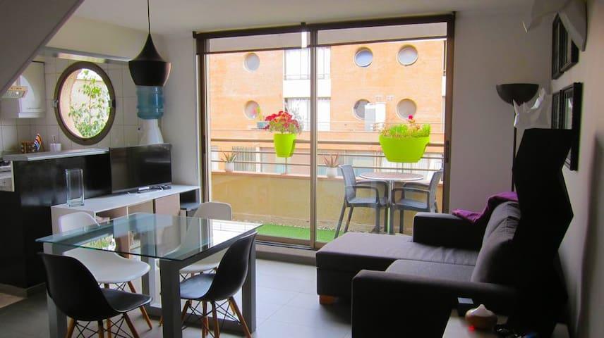 Moderno y comodo departamento en Bellavista..Full