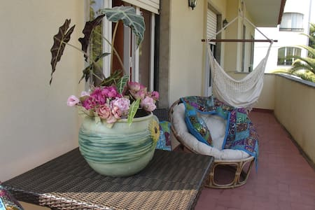 Private rooms in Monte Estoril - Estoril