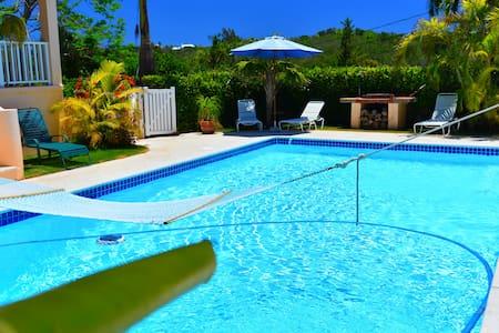 Natalia Guest Room & Pool, Bermuda - Warwick