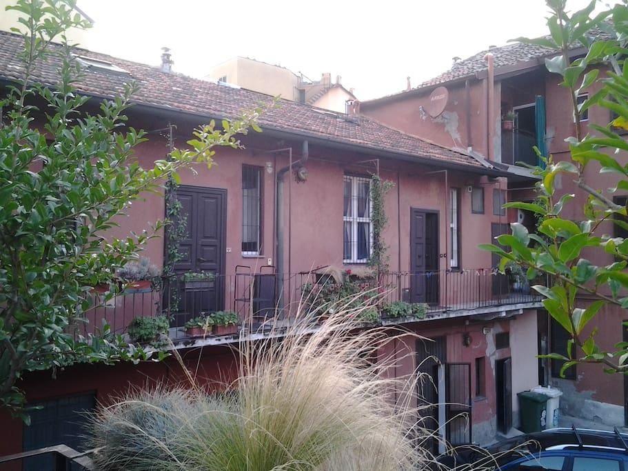 view from our house, the apartment is where you see the open door -  vista dell' appartamento (porta aperta) dalla nostra casa