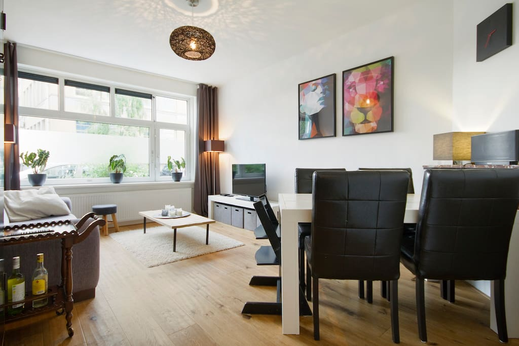 Great apartment with sunny garden appartamenti in for Appartamenti in centro amsterdam