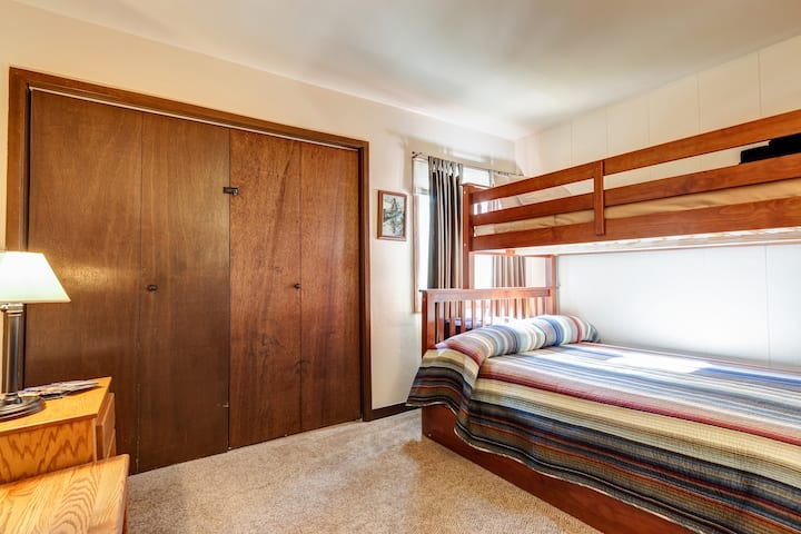Keystone/Sleep 6/2 Bedroom Studio/Full Bath