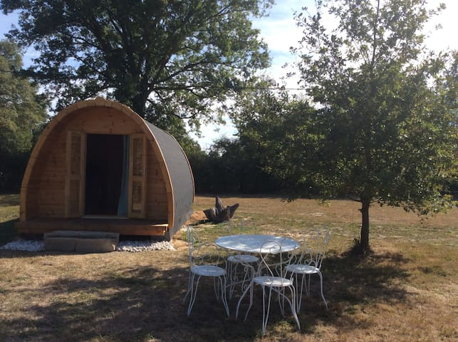 POD des deux chênes, cabane en bois