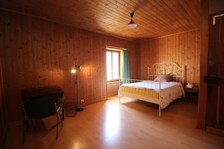 Belles chambres dans Auberge communale n°2