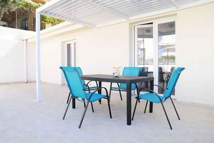 Attractive Apartment in Marina Di Ragusa with Pool