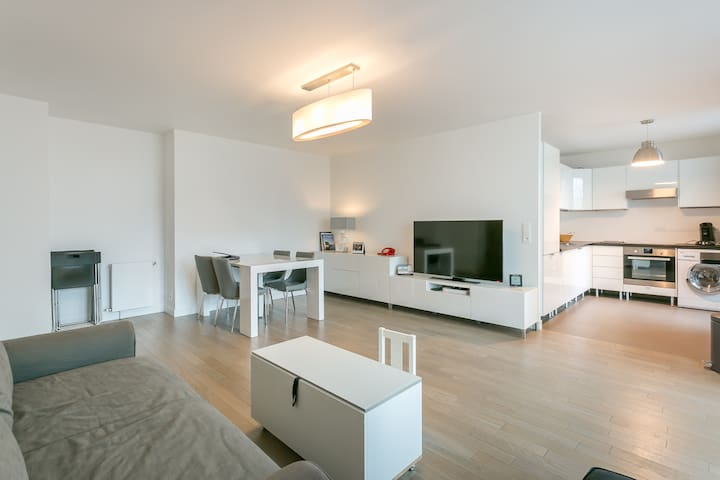 High standing 2 bedrooms apartment