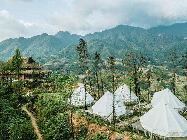 Sapa's BEST PANORAMA view - Entire wooden home (W)