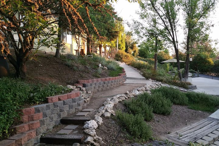 Urban Woodland Retreat - Paso Robles