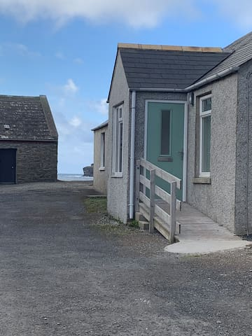 Seaside cottage in the heart of Birsay village.