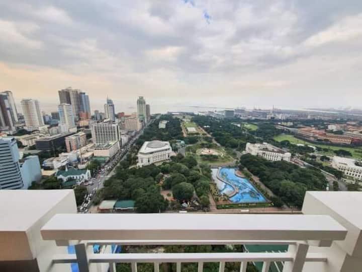 Torre de Manila Condo w/ bay view Luneta Park
